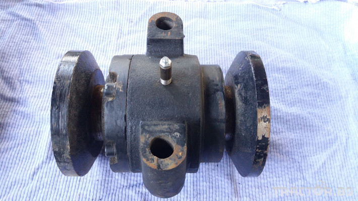 Части за инвентар Лагерно тяло за дискови брани RAZOL, S.PINET, GARD 12 - Трактор БГ
