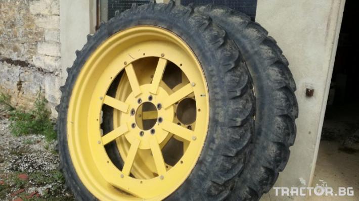 Трактори John-Deere 6910  + 6610 TLS 5 - Трактор БГ