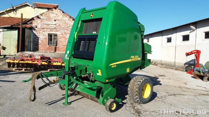 Сламопреси John-Deere 864 ROTOFLOW 7 - Трактор БГ